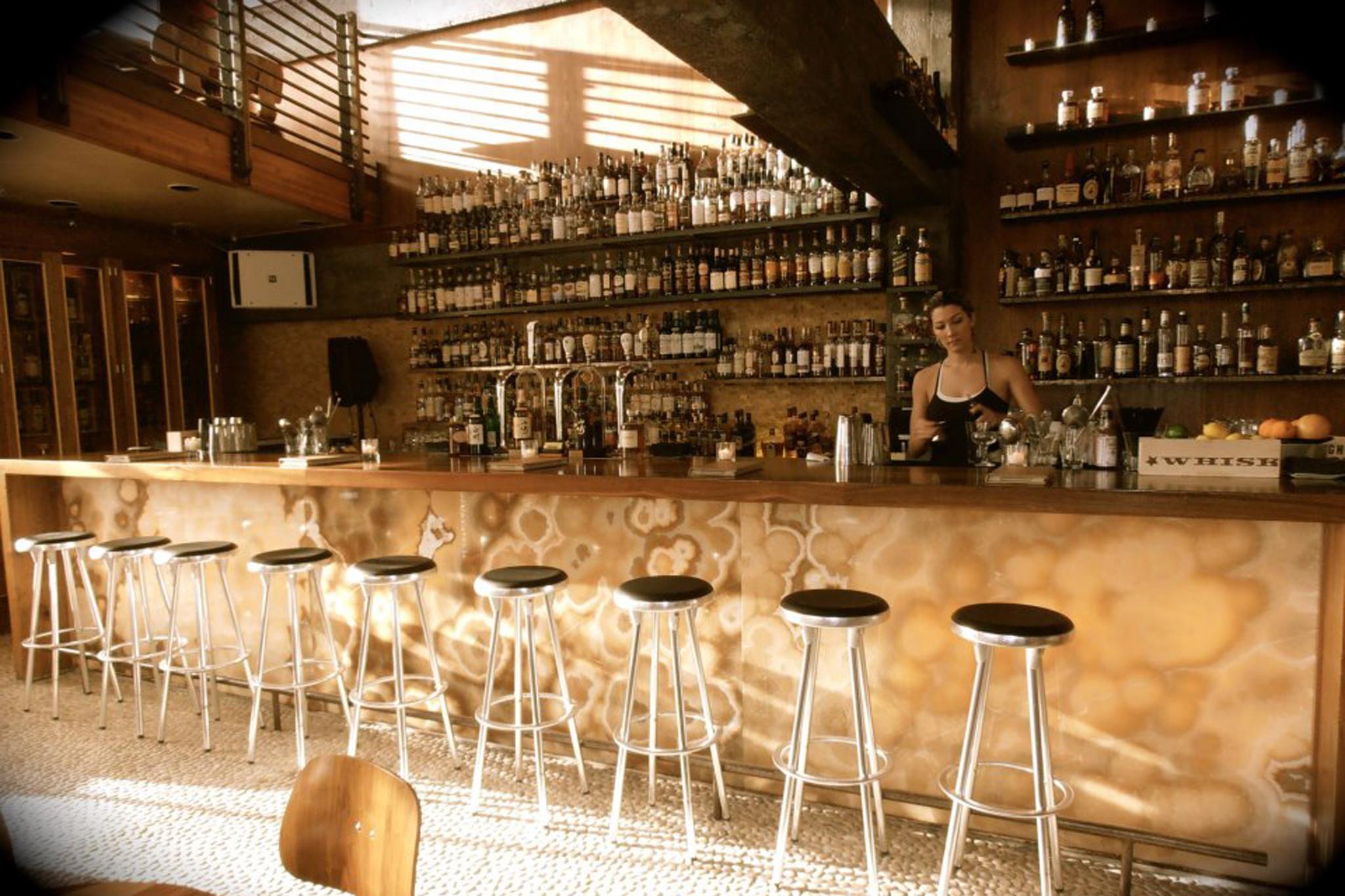 Spot Nihon Whiskey Lounge